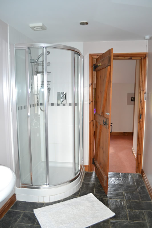 main-bathroom-2